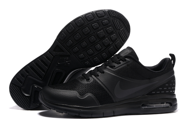 all black nike shoes womens