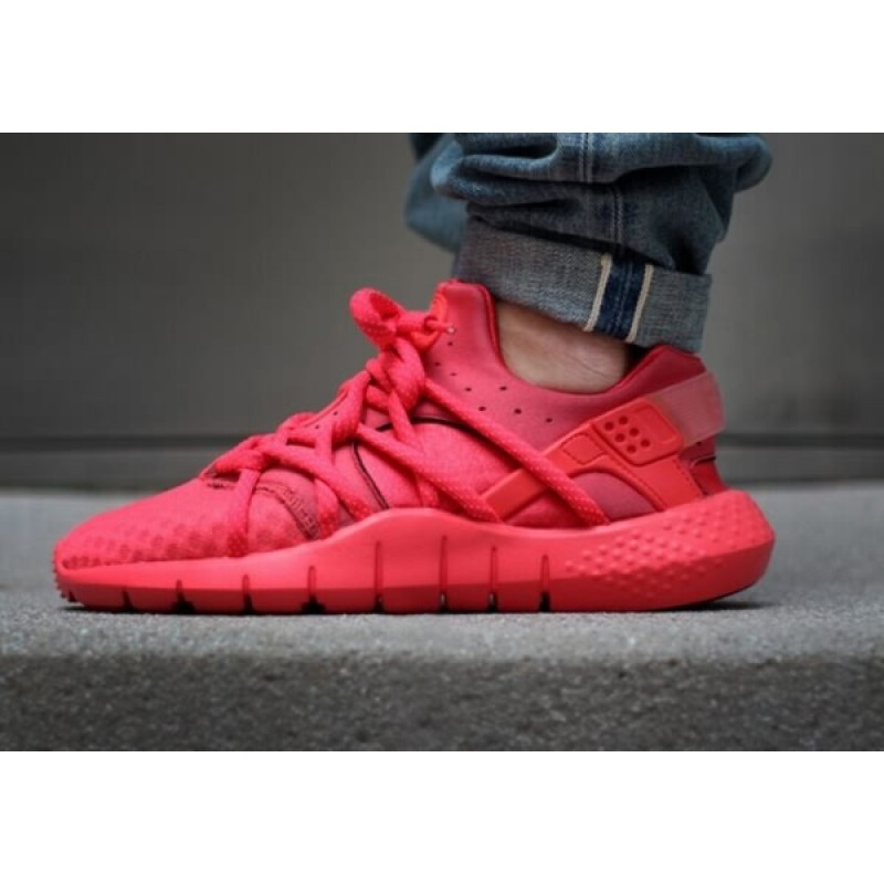 0bc02586ad5 all red nike shoes