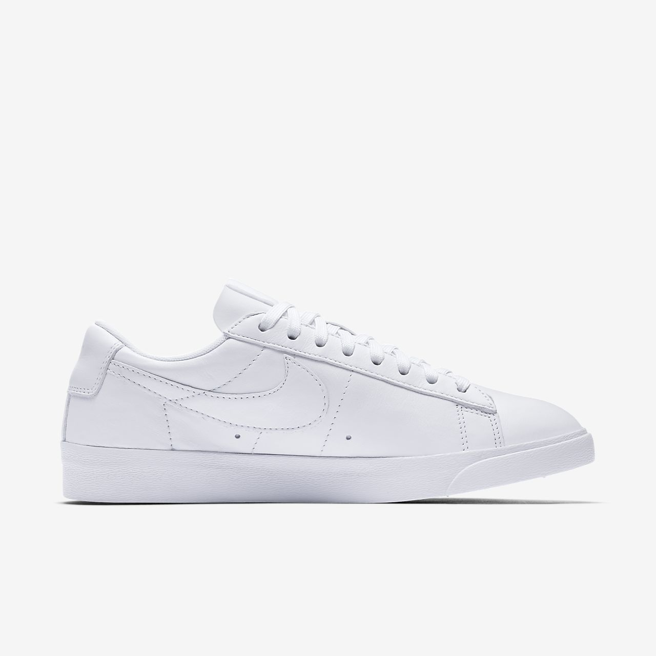 all white womens nike shoes
