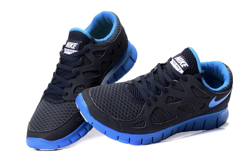 99a45eac83f03f black and blue nike shoes