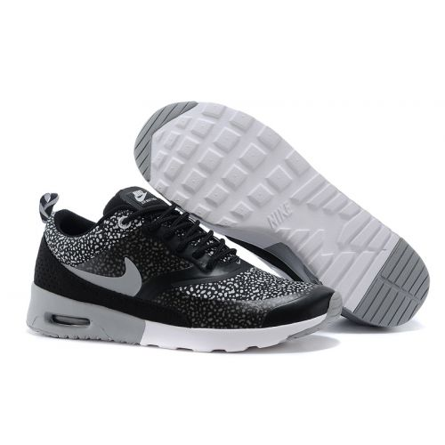 8467392cc21 Black And White Womens Nike Shoes   Buy Nike Sneakers   Shoes