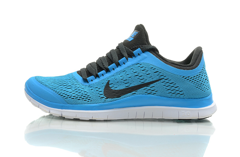 5158cf12180a blue nike running shoes