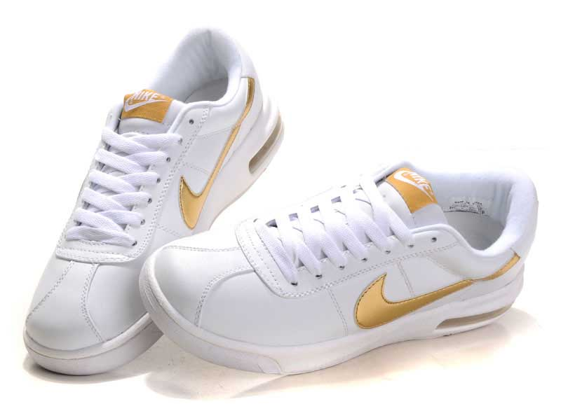 gold nike shoes womens