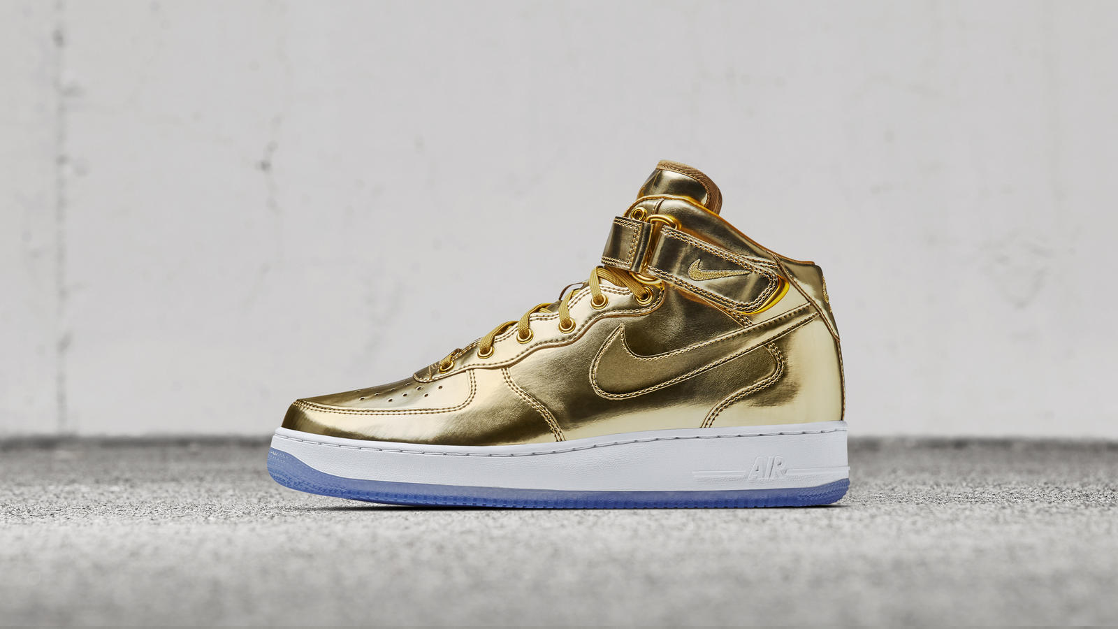 6bfdeaa762cb Gold Nike Sneakers   Buy Nike Sneakers   Shoes