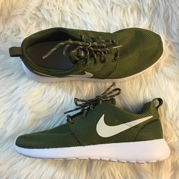Green Nike Sneakers   Buy Nike Sneakers   Shoes  072a304d84