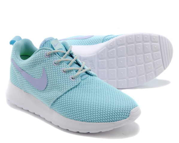 light blue nike shoes