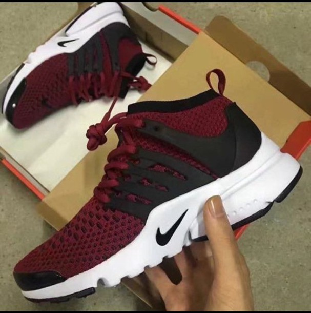 timeless design ced3f 71ef8 maroon nike shoes