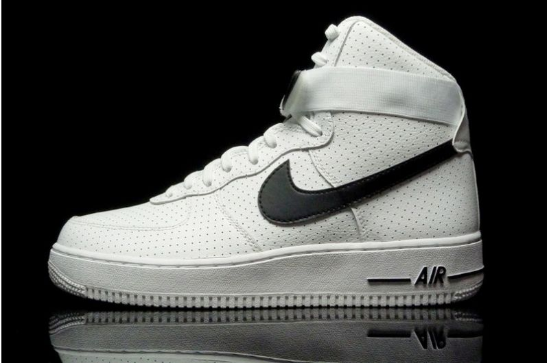 best sneakers 5439e f8319 nike air force one high top