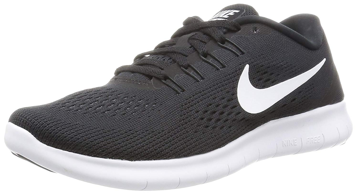 nike free running shoes