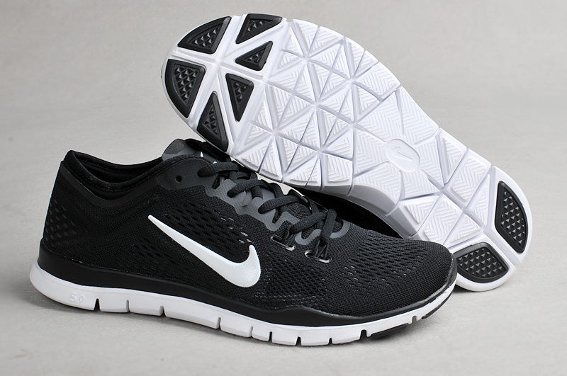 nike gym shoes mens