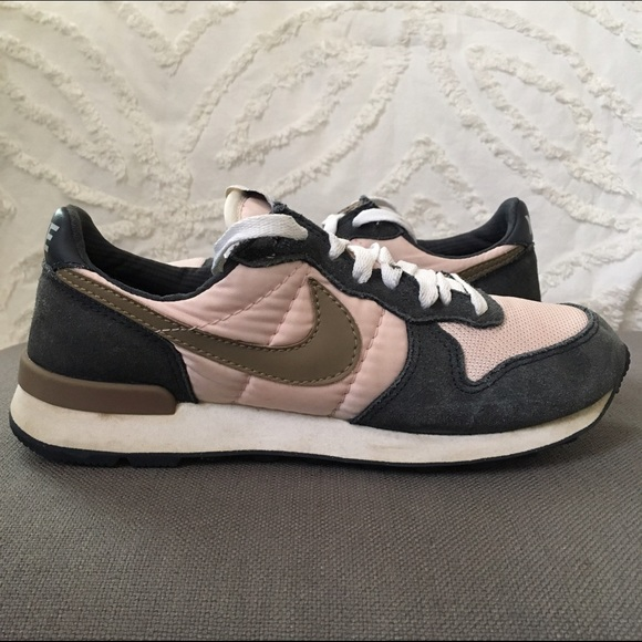 old nike shoes