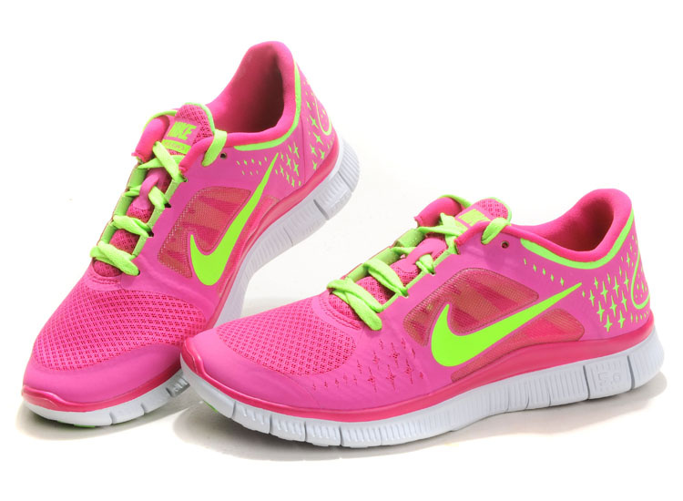 d50fe2a227c6 pink nike running shoes