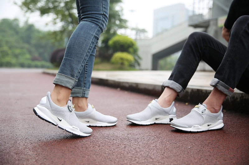 promo code de9f0 1ff37 White Nike Presto Womens : Buy Nike Sneakers & Shoes | Air ...