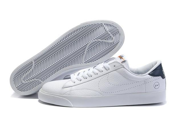 white nike sneakers for men