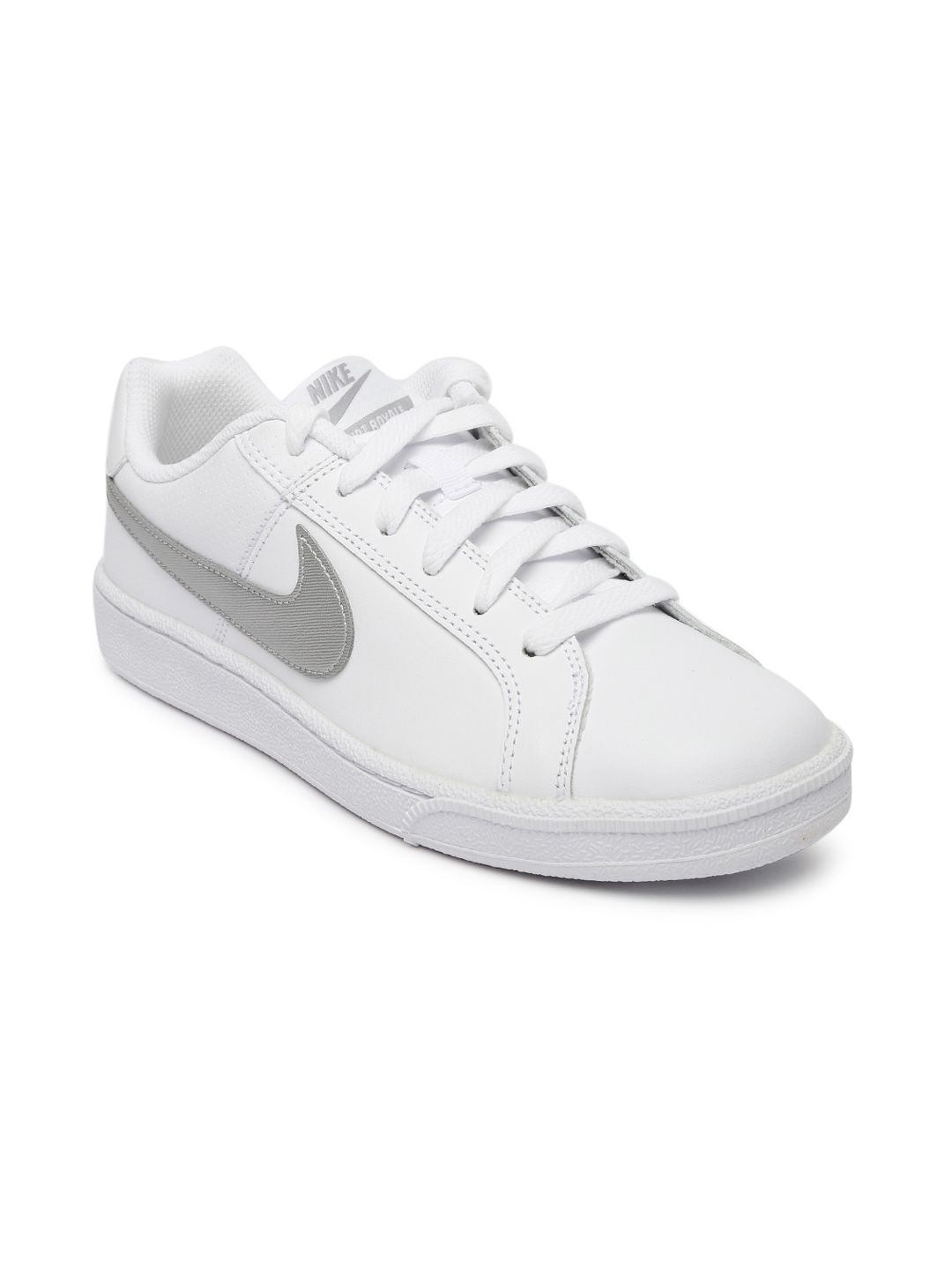 white nike sneakers for women