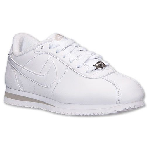 6d75b8f5d728 white nike sneakers for women