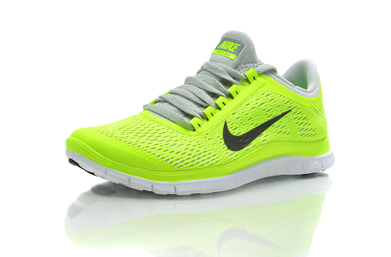 best cheap 3703d a7116 yellow nike shoes womens